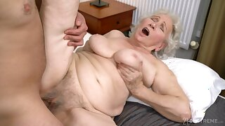 Old nipper gets her hairy cunt drilled hither ways she never experienced