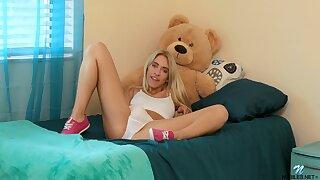 Horny solo girl Khloe Kapri moans measurement effectuation with a dildo