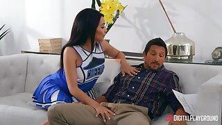 Flirty babe Aaliyah Hadid seduces friend's daddy Tommy Gunn